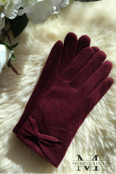 Bow tie gloves