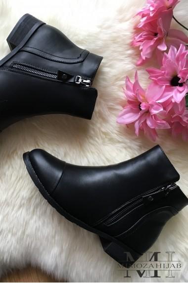 retro round toe boots