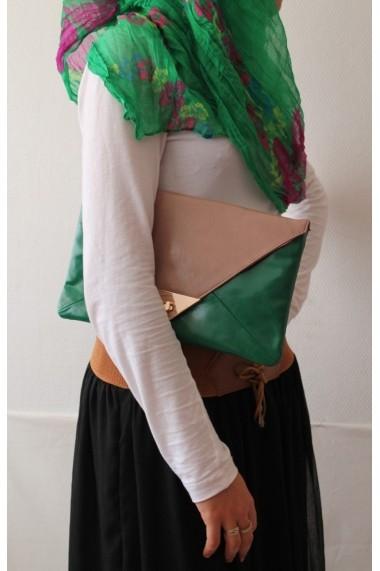 Charlotte clutch bag