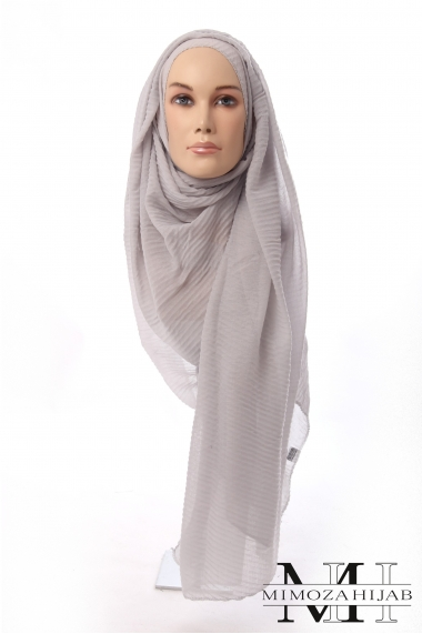 Hijab Waves with the silver wire