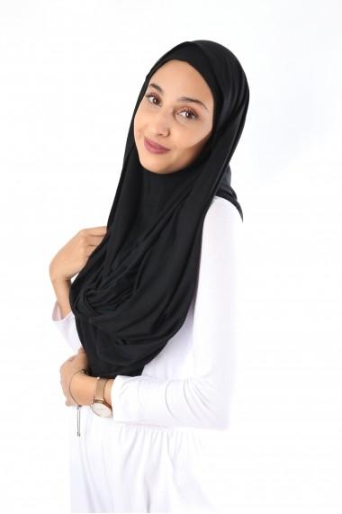 Snood for Malaysian Muslim woman