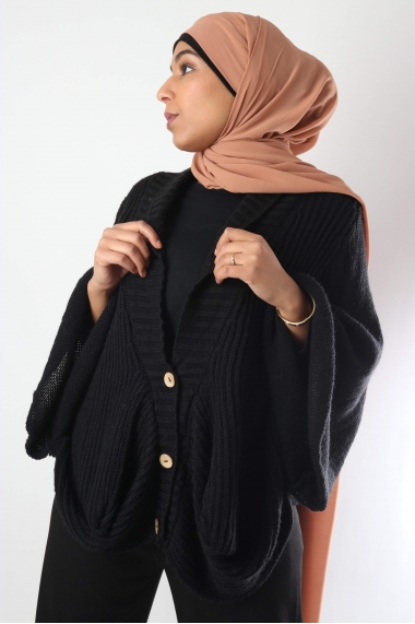 Cape cardigan with button
