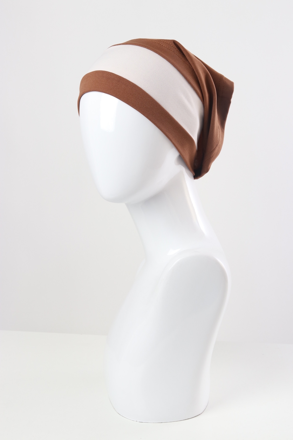 Cap for hijabi with two colors