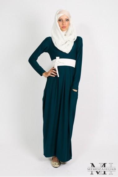 Long dress pocket effect